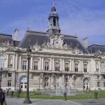 Hôtel de ville. architecte  V-Laloux